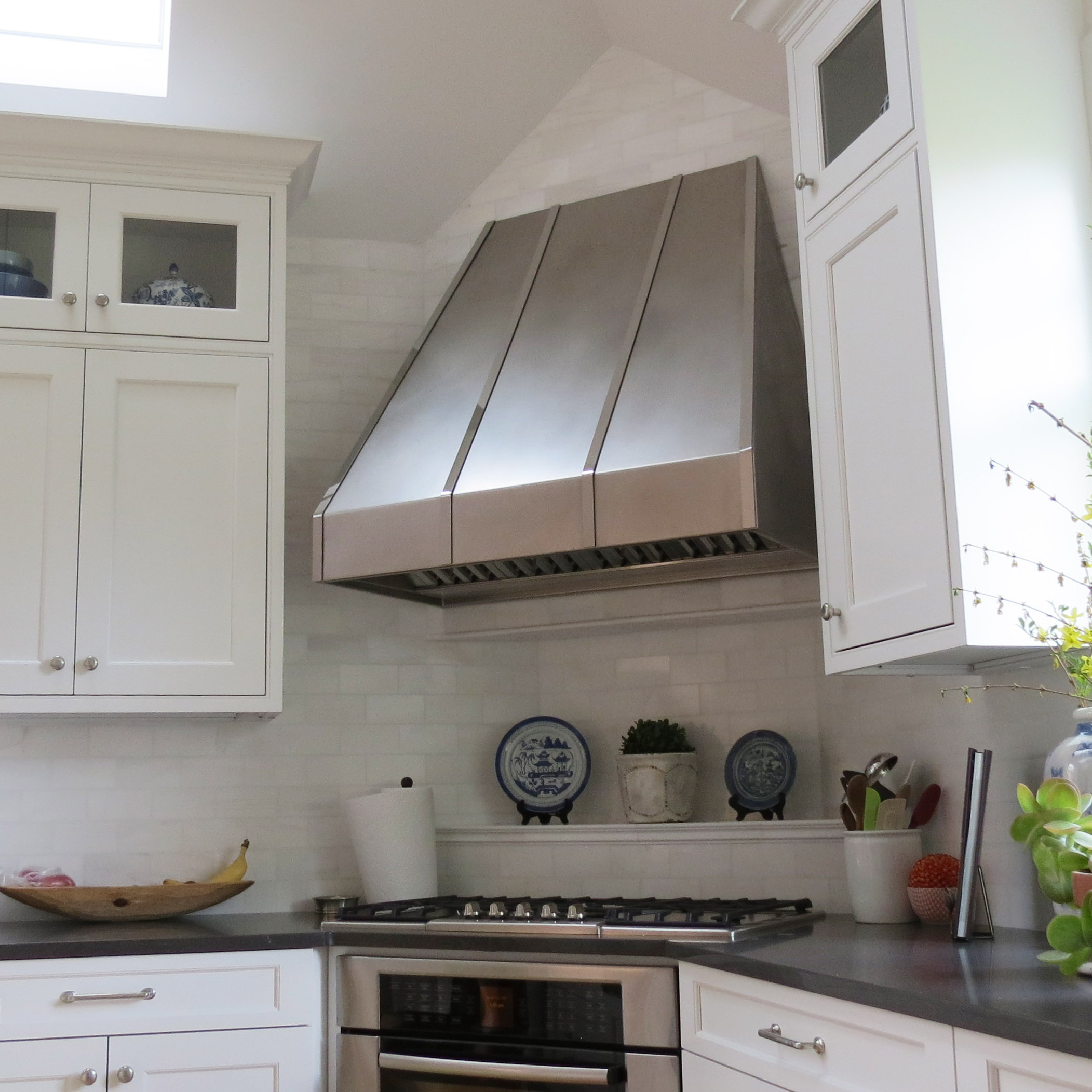 White Kitchen Exhaust Hoods stainless range hood. . . convertible wall mount range hood in